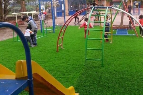 thi công cỏ nhân tạo tại trường mầm non